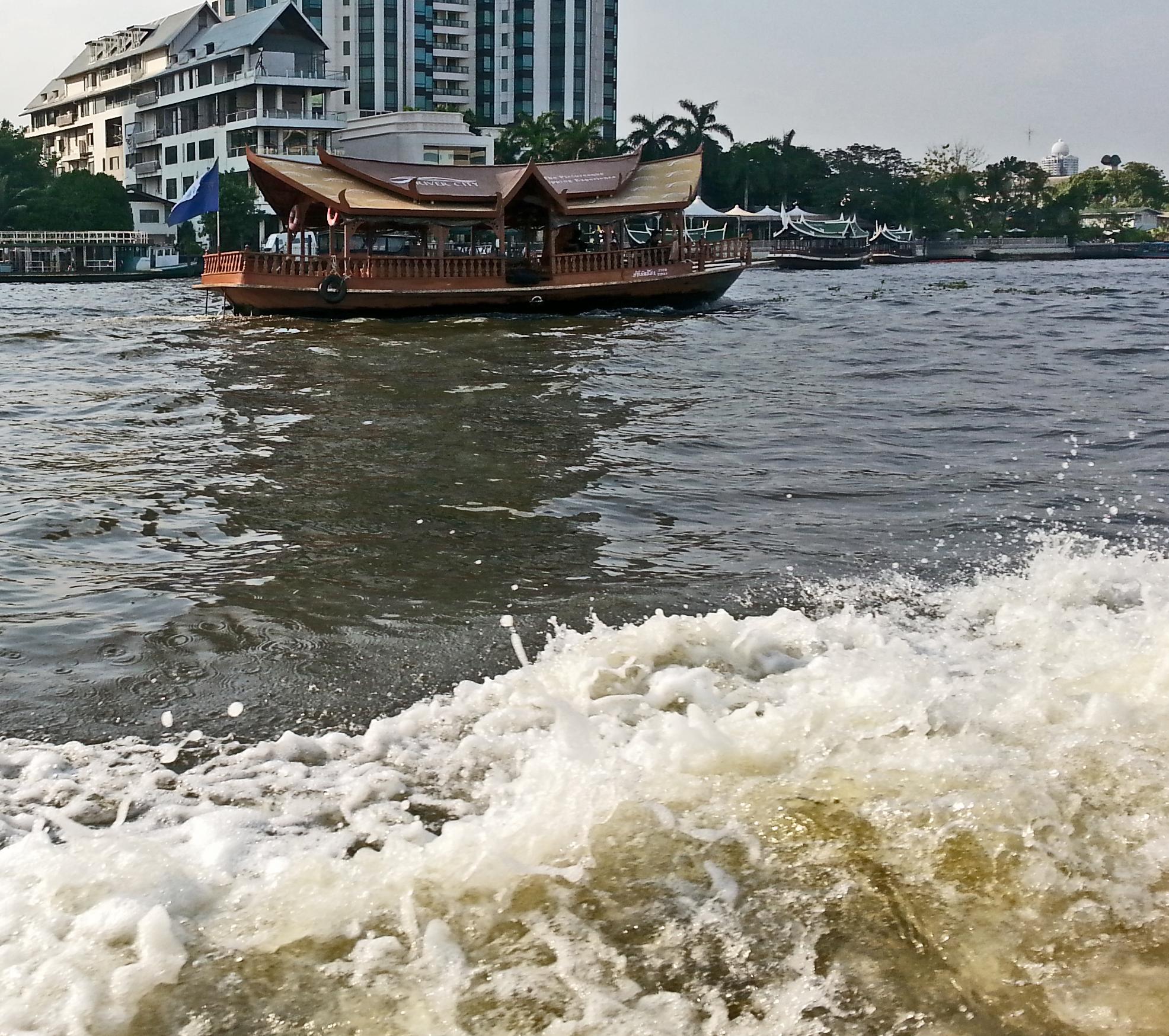 long tail boat on Chao Phraya River